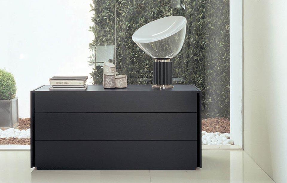 Cassettiere design camere moderne comodini moderni - Cassettiere moderne design ...