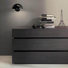 Cassettiere moderni comodini design design camere for Cassettiere moderne